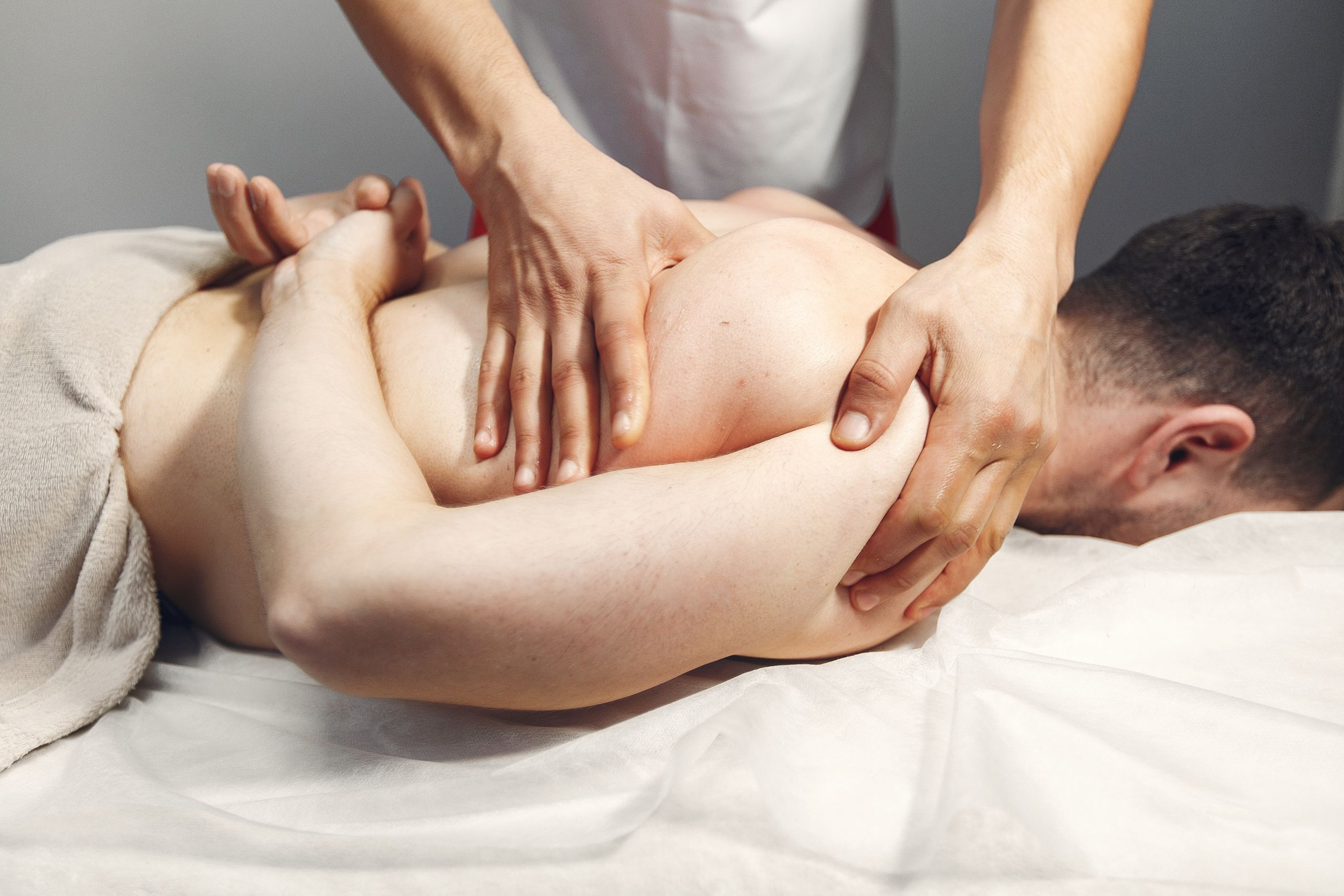What is Osteopathy? How Osteopathy alleviates your pain?