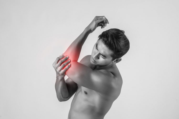 What is tennis elbow? Tennis elbow treatment with osteopathy, tennis elbow pain | Background photo created by jcomp - www.freepik.com